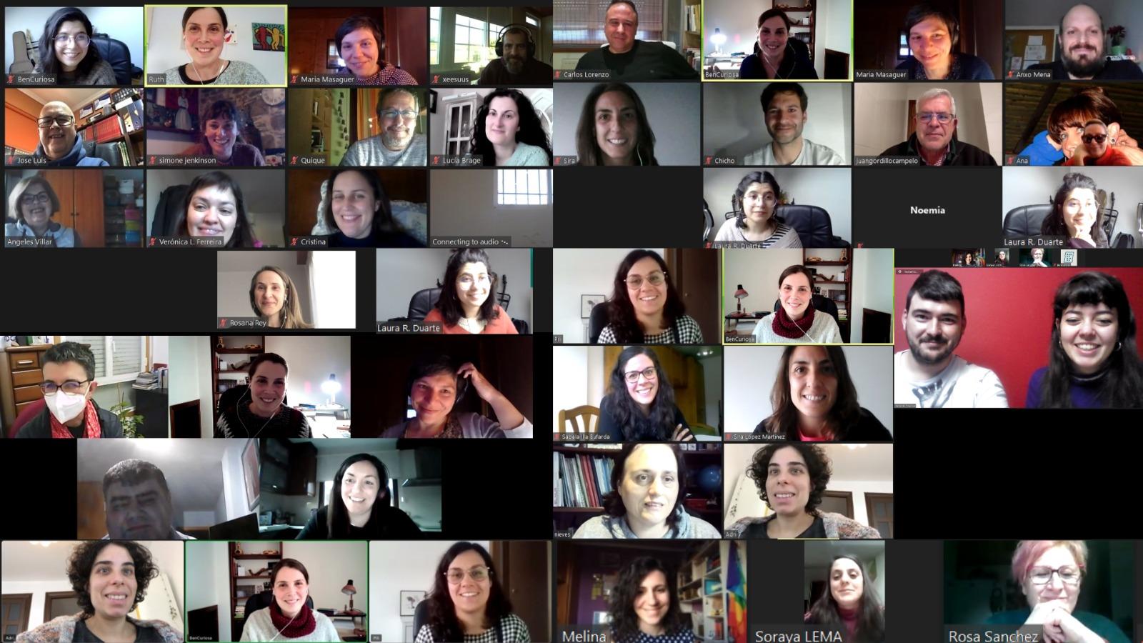 Esta imaxe é un mosaico composto polas capturas de varias sesións en liña celebradas no marcos dos Labs